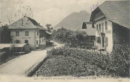 """CPA FRANCE 74 """"Le Nanty, Route de Chamonix et le Môle""""."""