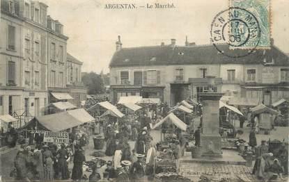 """CPA FRANCE 61 """"Argentan, Le marché""""."""