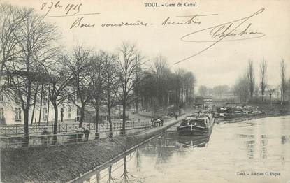 "CPA FRANCE 54 ""Toul, Gare du canal"". / PENICHE"