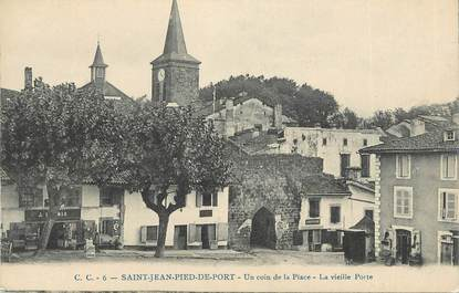 Cpa france 64 st jean pied de port un coin de la place - Places to stay in st jean pied de port ...