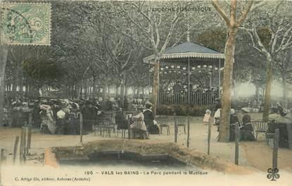 """CPSM FRANCE 07 """"Vals les Bains, Le parc pendant la musique""""."""
