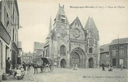 """CPA FRANCE 76 """"Blangy sur Bresle, Place de l'église""""."""