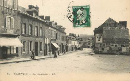 """CPA FRANCE 76 """"Barentin, Rue Nationale""""."""