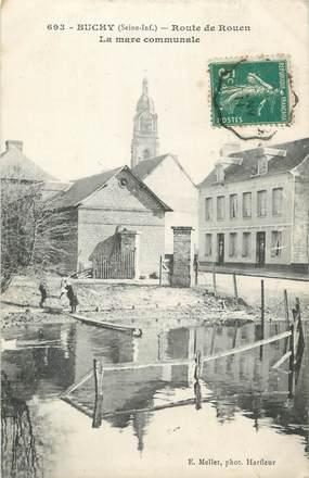 """CPA FRANCE 76 """"Buchy, Route de Rouen, la mare communale""""."""