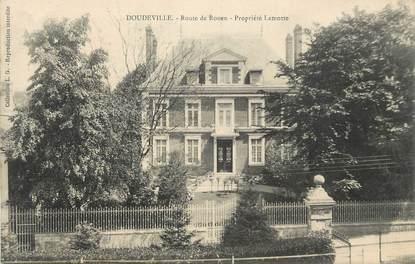 """CPA FRANCE 76 """" Doudeville, Route de Rouen, propriété Lamotte""""."""