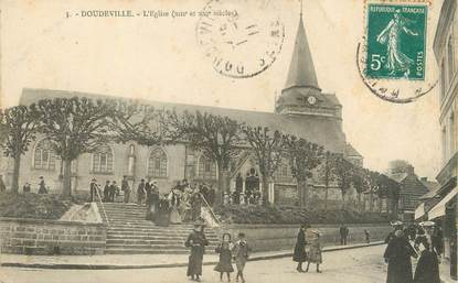 """CPA FRANCE 76 """" Doudeville, L'église""""."""