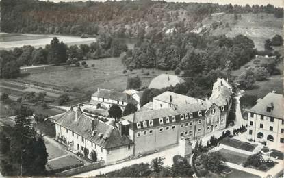 """CPSM FRANCE 25 """"Montferrand, Couvent des Dominicains et Villa Ste Madeleine""""."""