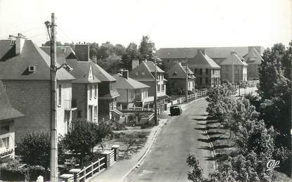 """CPSM FRANCE 14 """" Thury Harcourt, Boulevard des Ducs d'Harcourt""""."""