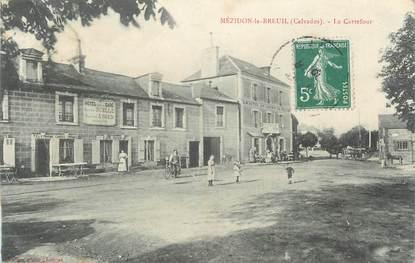 "CPA FRANCE 14 "" Mézidon Le Breuil,, Le carrefour""."