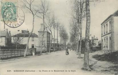 """CPA FRANCE 14 """" Mézidon, La Poste et le Boulevard de la gare""""."""