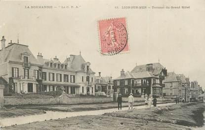 """CPA FRANCE 14 """"Lion sur Mer, Terrasse du Grand Hôtel""""."""