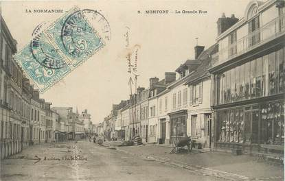 "CPA FRANCE 27 ""Montfort, La grande rue""."
