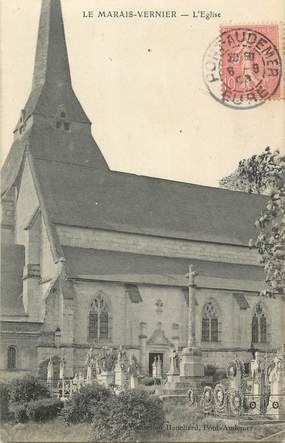 """CPA FRANCE 27 """"Le Marais Vernieer, L'église""""."""
