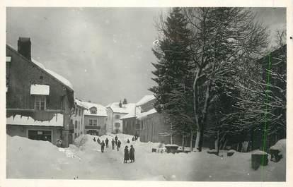 """CPSM FRANCE 39 """"Les Rousses,, Place de la Mairie en hiver""""."""
