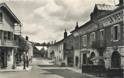 """CPSM FRANCE 39 """"Les Rousses, Rue principale""""."""