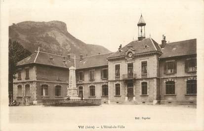 """CPA FRANCE 38 """"Vif, L'Hôtel de Ville""""."""