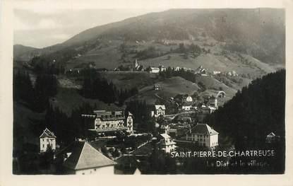 """CPSM FRANCE 38 """"St Pierre de Chartreuse, La Dia et le village""""."""