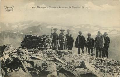 """CPA FRANCE 73 """"Glaciers de la Vanoise, Au sommet de Chasseforêt"""""""