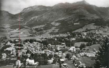 """CPSM FRANCE 38 """"Villard de Lans, Vue générale , le Col de l'Arc et le Cornafion""""."""