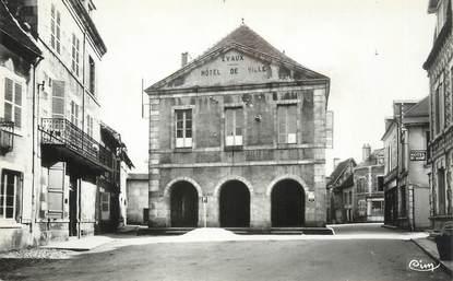 """CPSM FRANCE 23 """" Evaux les Bains, Hôtel de Ville""""."""