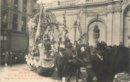 """CPA FRANCE 54 """" Nancy, La Cavalcade , Le berceau de la bière, Char de la Brasserie de Vézeline""""."""