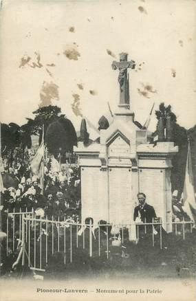 """CPA FRANCE 29 """" Ploneour Lanvern, Le monument aux morts"""";"""