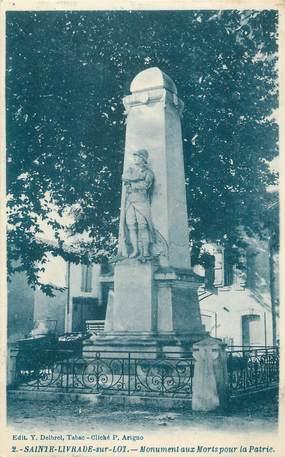 """CPA FRANCE 47 """" Ste Livrade sur Lot, Le monument aux morts""""."""