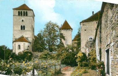 """CPSM FRANCE 71 """"Pierreclos, La chapelle du château""""."""