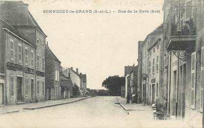 "CPA FRANCE 71 ""Sennecey le Grand, Rue de la gare""."