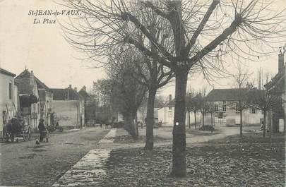"""CPA FRANCE 71 """" St Jean de Vaux, La place""""."""