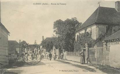 """CPA FRANCE 10"""" Clérey, Route de Fresnoy""""."""