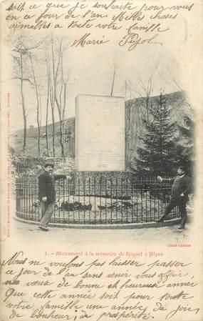 """CPA FRANCE 11 """" Alzau, Monument élevé à la mémoirre de Riquet""""."""