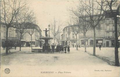 """CPA FRANCE 11 """"Narbonne, Place Voltaire""""."""