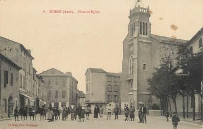 """CPA FRANCE 11 """"Sigean, Place et église""""."""