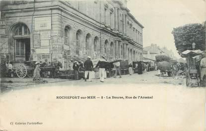 "CPA FRANCE 17 ""Rochefort sur Mer, La Bourse rue de l'Arsenal"""