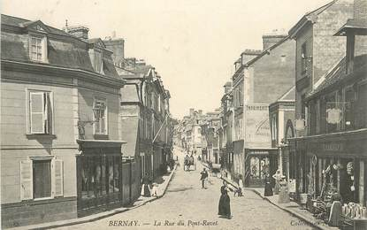 """CPA FRANCE 27 """"Bernay, la rue du Pont Ravet"""""""