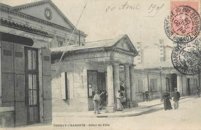 """CPA FRANCE 17 """"Tonnay-Charente, Hôtel de Ville""""."""