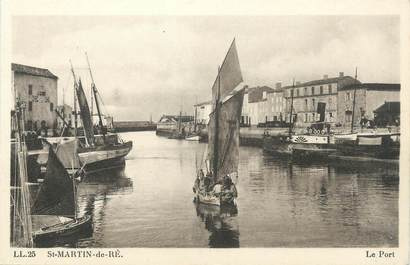 "CPA FRANCE 17 ""St Martin de Ré, Le port""."