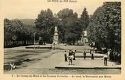 """38 Isere CPA FRANCE 38 """" La Tour du Pin, Le Champ de Mars et les joueurs de boules, le monument aux morts'"""". / BOULES"""