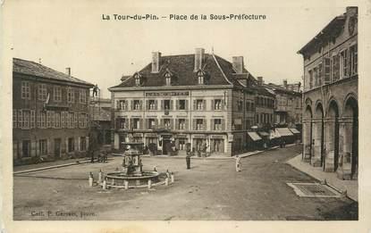 """CPA FRANCE 38 """" La Tour du Pin, La Place de la Sous Préfecture""""."""