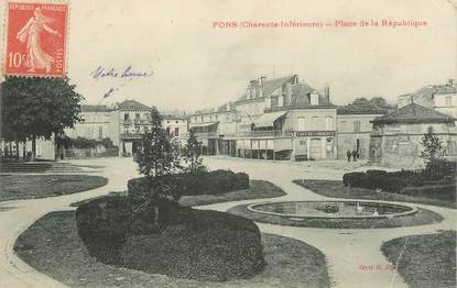"CPA FRANCE 17 "" Pons, Place de la République""."