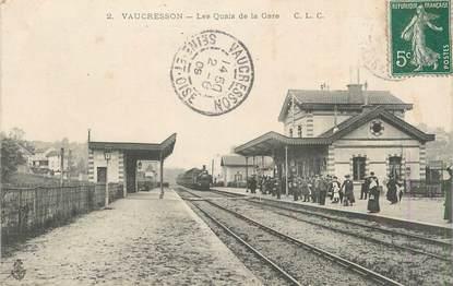 """CPA FRANCE 92 """" Vaucresson, Les quais de la gare"""""""
