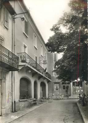 """CPSM FRANCE 84 """"Sault de Vaucluse, l'Hotel du Louvre"""""""