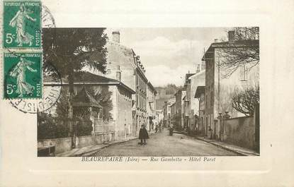 """CPA FRANCE 38 """" Beaurepaire, Rue Gambetta, Hôtel Paret"""""""