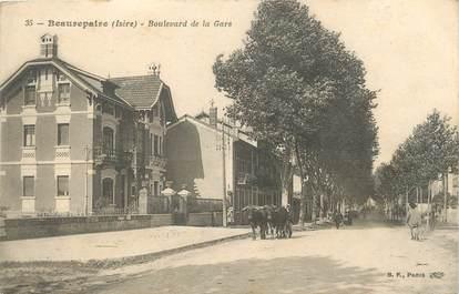 """CPA FRANCE 38 """" Beaurepaire, La gare"""""""