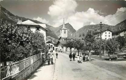 """CPSM FRANCE 73 """"Pralognan la Vanoise, le village et la pointe de Villeneuve"""""""