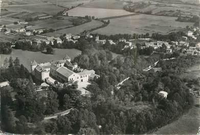 """CPSM FRANCE 38 """" Chamagnieu, Vue aérienne sur le château et sur le village"""""""