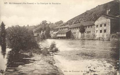 """CPA FRANCE 87 """" St Léonard, La fabrique de porcelaine"""""""