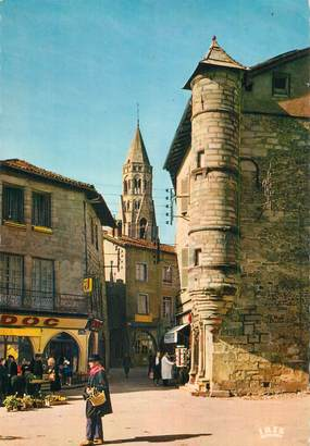 """CPSM FRANCE 87 """"St Léonard de Noblat, Vieilles maisons et tour du 16ème siècle"""""""