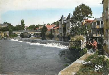 """CPSM FRANCE 86 """"Civray, la charente au Grand Pont"""""""